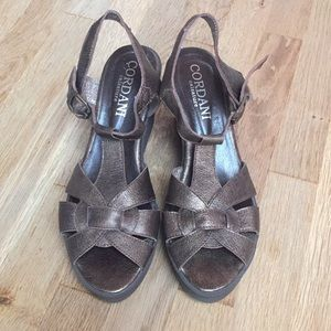 Cordani leather wedges